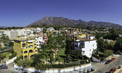 Spacious penthouse apartment for sale on the Golden Mile, Marbella at walking distance to the beach and all amenities 19070