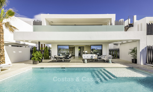 Amazing new avant-garde luxury villas for sale on the Golden Mile in Marbella. LAST VILLA! 19142