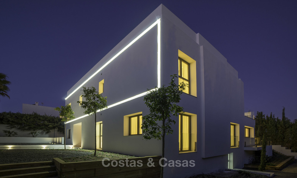 Brand new contemporary villa for sale, furnished and move-in ready, Golf valley, Nueva Andalucia, Marbella 19280