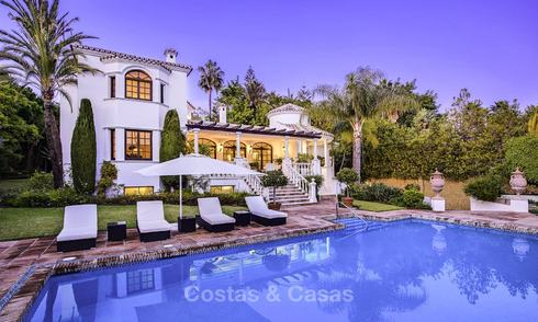 Charming Italian rustic villa on a double plot for sale, completely renovated, Marbella - Estepona 19284