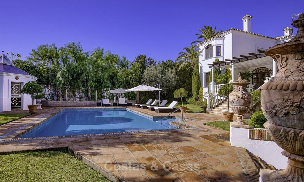 Charming Italian rustic villa on a double plot for sale, completely renovated, Marbella - Estepona 19300