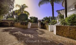 Charming Italian rustic villa on a double plot for sale, completely renovated, Marbella - Estepona 19302