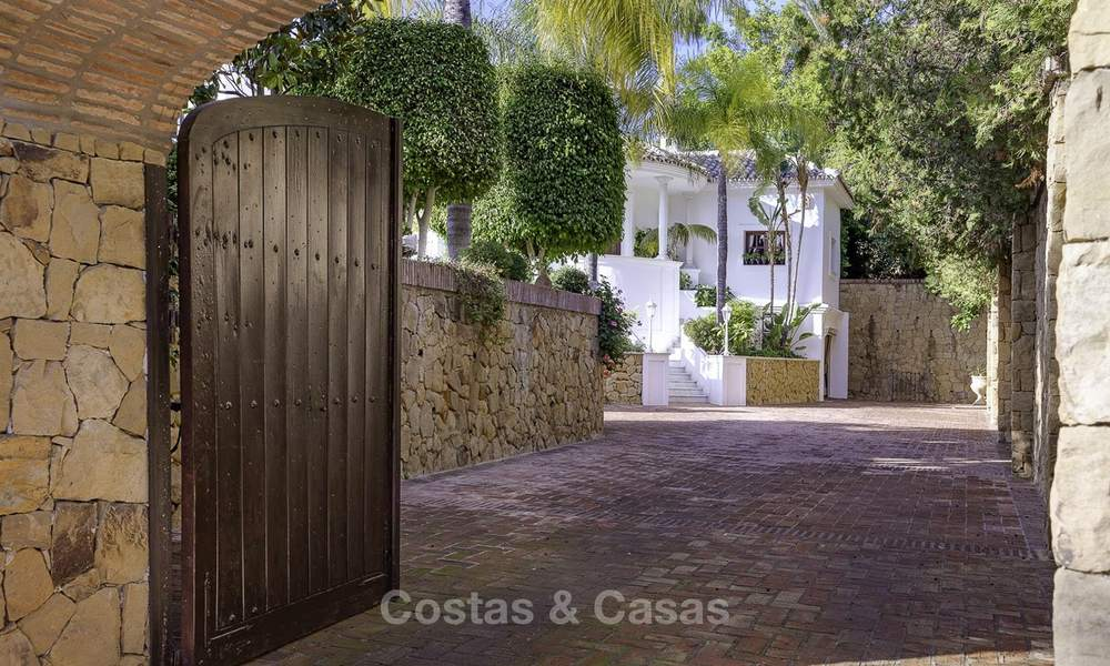 Charming Italian rustic villa on a double plot for sale, completely renovated, Marbella - Estepona 19319