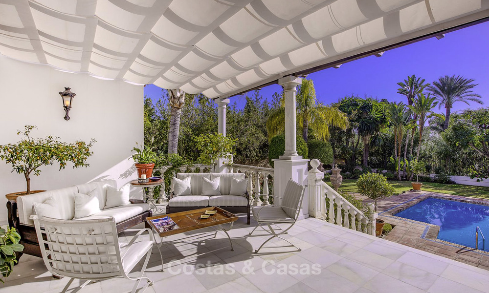 Charming Italian rustic villa on a double plot for sale, completely renovated, Marbella - Estepona 19320