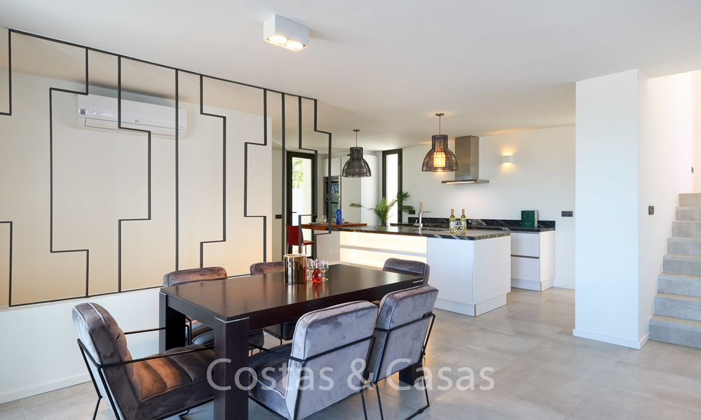 Recently completely renovated traditional villa with sea and mountain views for sale, Nueva Andalucia, Marbella 19506