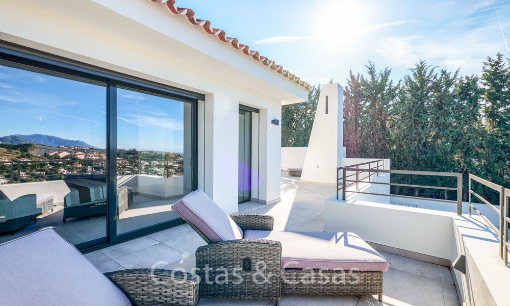 Recently completely renovated traditional villa with sea and mountain views for sale, Nueva Andalucia, Marbella 19539