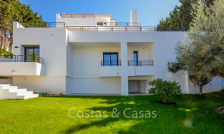 Recently completely renovated traditional villa with sea and mountain views for sale, Nueva Andalucia, Marbella 19542
