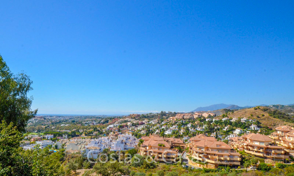 Recently completely renovated traditional villa with sea and mountain views for sale, Nueva Andalucia, Marbella 19543