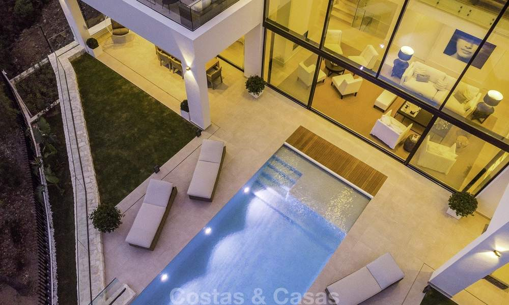 Brand new, move-in-ready contemporary luxury villa with stunning sea views for sale in a sought-after golf club, Benahavis - Marbella 19564