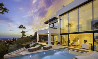 Brand new, move-in-ready contemporary luxury villa with stunning sea views for sale in a sought-after golf club, Benahavis - Marbella 19568