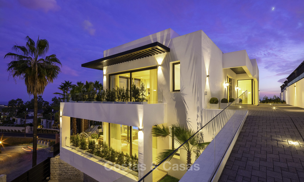 Brand new, move-in-ready contemporary luxury villa with stunning sea views for sale in a sought-after golf club, Benahavis - Marbella 19571