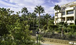 Attractive apartment for sale in a looked after beachfront complex, East Marbella 19580