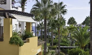 Attractive apartment for sale in a looked after beachfront complex, East Marbella 19588