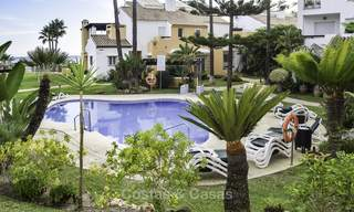 Attractive apartment for sale in a looked after beachfront complex, East Marbella 19592