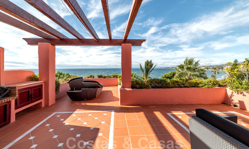 Unique opportunity! First line beach penthouse with sea views for sale in an iconic beach-complex, New Golden Mile, Marbella - Estepona 19612