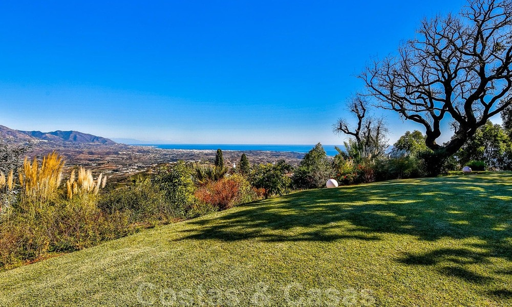 Masterpiece luxury villa on a massive plot and with amazing 360º panoramic views for sale, East Marbella 19785
