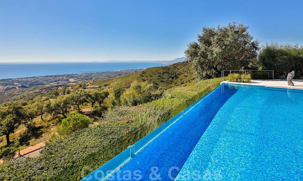 Masterpiece luxury villa on a massive plot and with amazing 360º panoramic views for sale, East Marbella 19806