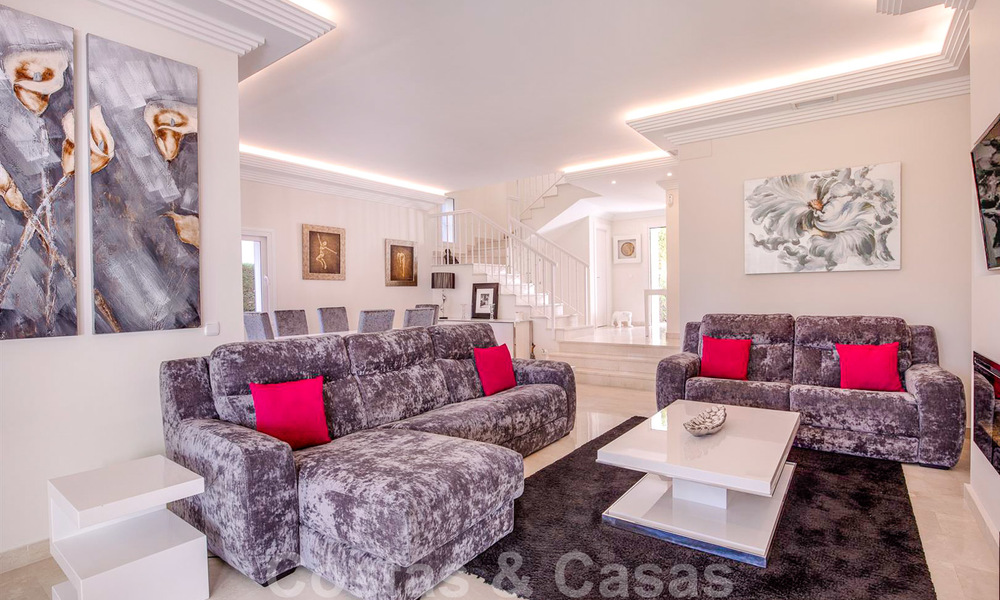 Attractive semi detached townhouse for sale, frontline on a prestigious golf course, Benahavis - Marbella 19895