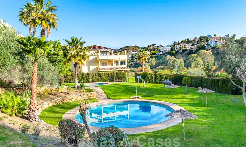 Spacious frontline golf apartment with great panoramic views for sale in Benahavis - Marbella 19924
