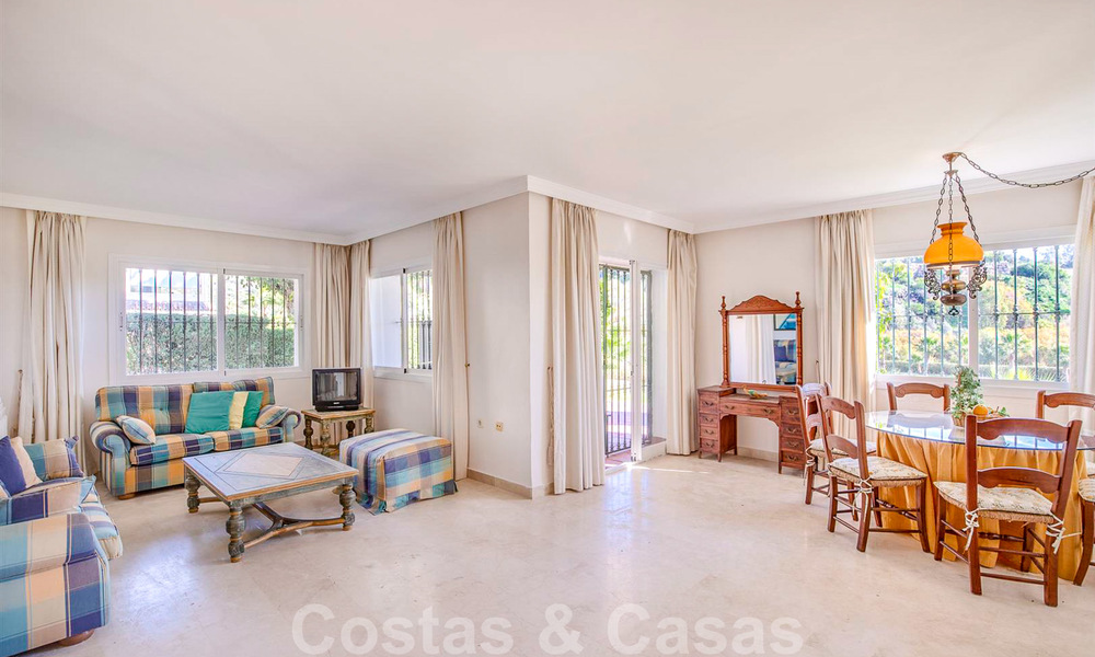 Spacious frontline golf apartment with great panoramic views for sale in Benahavis - Marbella 19926