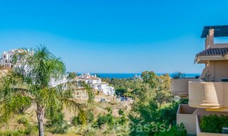 Beautiful apartment with large terrace and nice sea views for sale in a luxury complex with lots of facilities in Nueva Andalucia, Marbella 20088