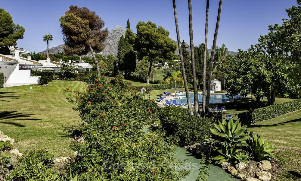 Apartments for sale, first line Aloha Golf Club, Nueva Andalucia, Marbella 20154