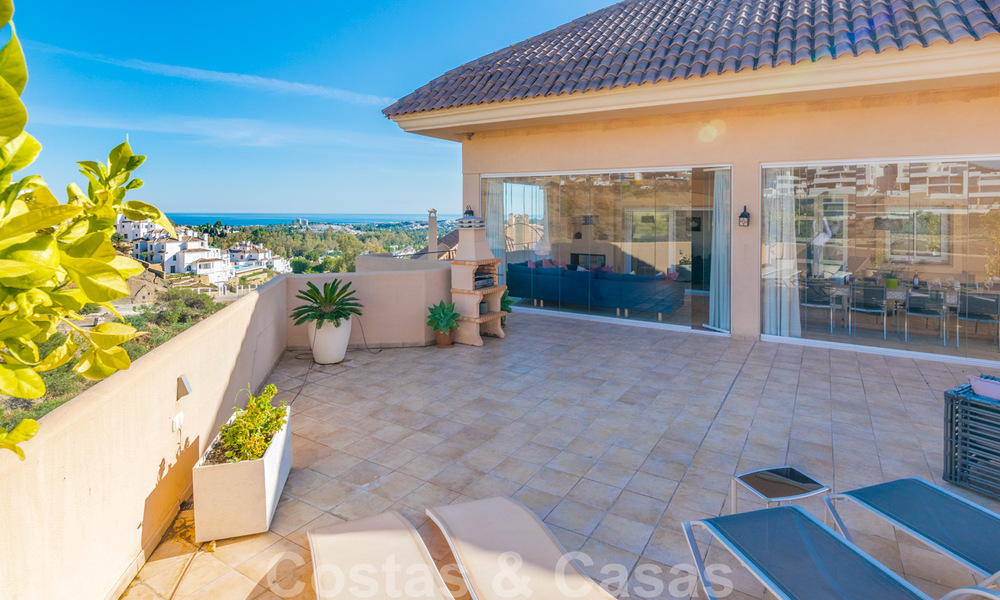 Rare, very stunning penthouse apartment with huge terrace and amazing sea views for sale in Nueva Andalucia, Marbella 20349