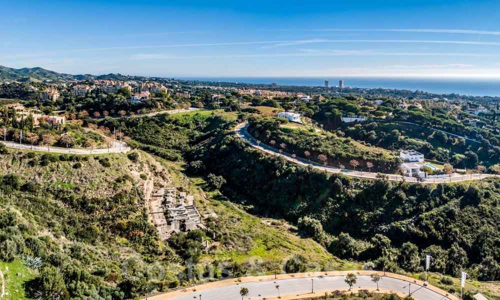Fantastic building plots with approved licence and panoramic sea views for sale in Elviria, East Marbella 20416