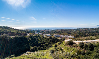Fantastic building plots with approved licence and panoramic sea views for sale in Elviria, East Marbella 20417
