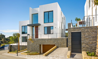 Brand new modern semi-detached villas with stunning sea views for sale, East Marbella 20572