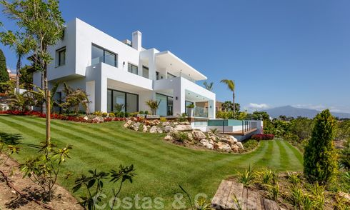 Super luxurious contemporary villa with sea and mountain views for sale in the Golden Triangle of Benahavis, Estepona, Marbella 25437