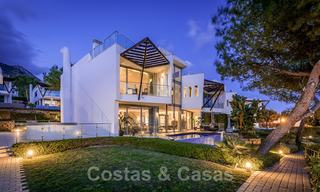 Exceptional luxury villas with sea views for sale, in an exclusive complex in the Golden Mile, Marbella 20830