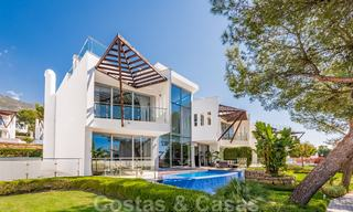 Exceptional luxury villas with sea views for sale, in an exclusive complex in the Golden Mile, Marbella 20847