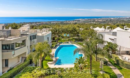 Exceptional luxury villas with sea views for sale, in an exclusive complex in the Golden Mile, Marbella 20873