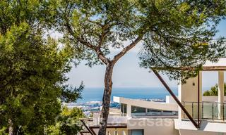 Exceptional luxury villas with sea views for sale, in an exclusive complex in the Golden Mile, Marbella 20874