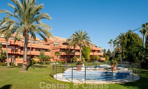 Penthouse for sale in an exclusive beachside urbanisation between Puerto Banus and San Pedro, Marbella 21758