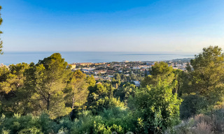 Large, exceptional building plot with stunning sea views for sale in an exclusive residential area of Marbella 21826