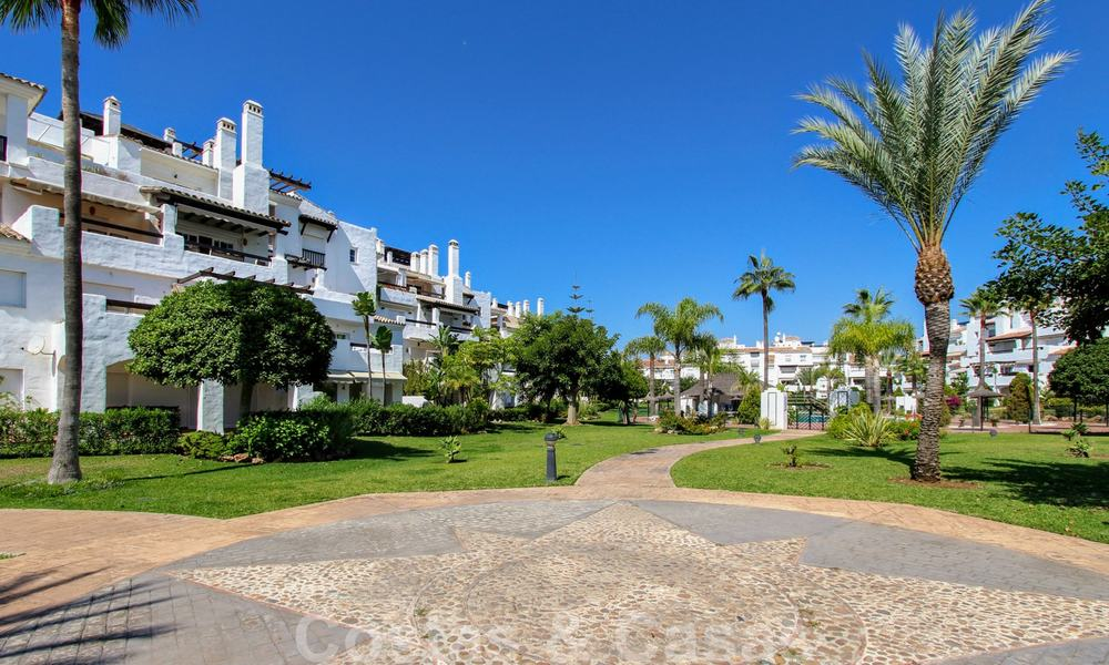 Recently renovated bright apartment for sale in a gorgeous beachfront complex, walking distance to the beach, amenities and San Pedro, Marbella 21940