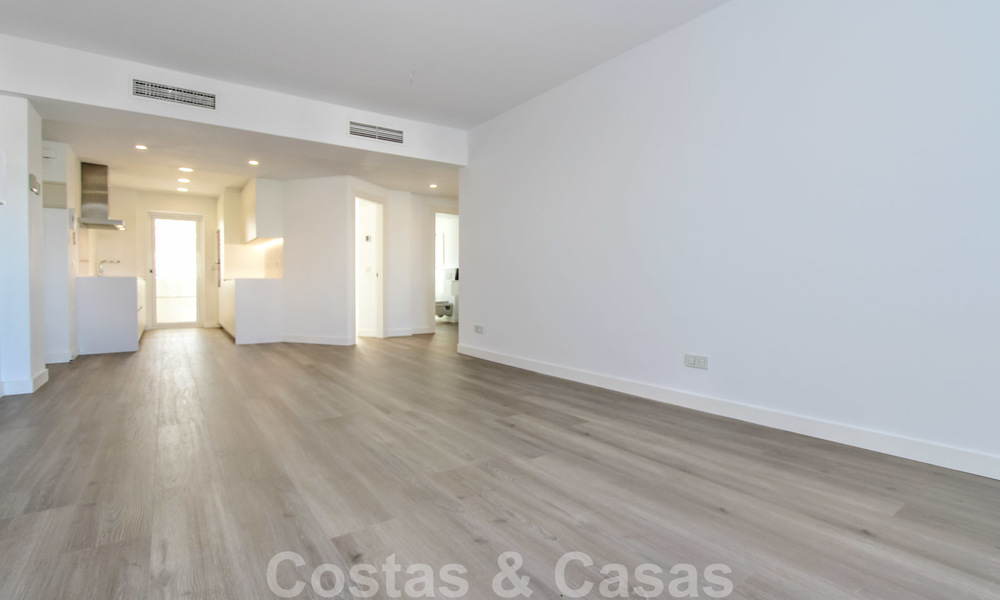 Recently renovated bright apartment for sale in a gorgeous beachfront complex, walking distance to the beach, amenities and San Pedro, Marbella 21969