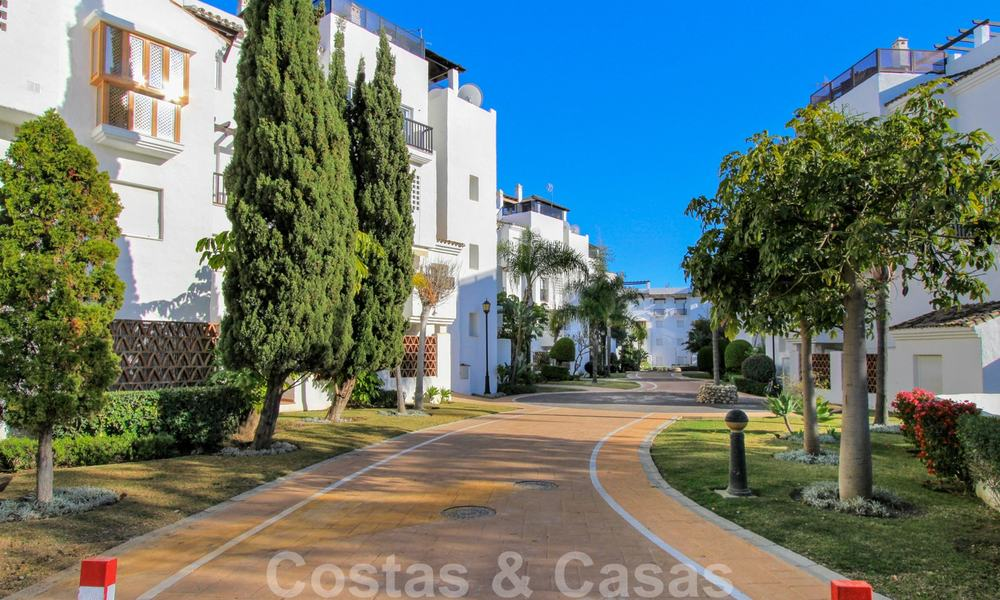Recently renovated bright apartment for sale in a gorgeous beachfront complex, walking distance to the beach, amenities and San Pedro, Marbella 21970