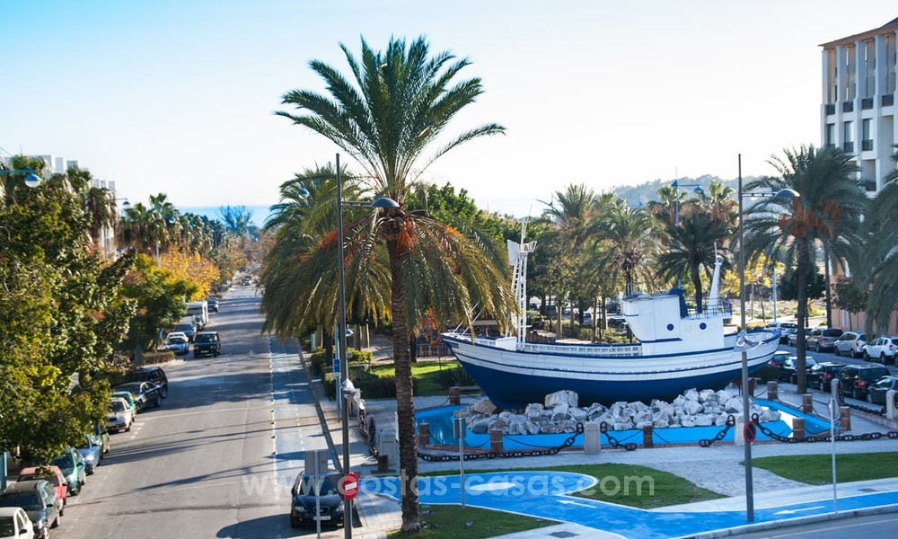 Recently renovated bright apartment for sale in a gorgeous beachfront complex, walking distance to the beach, amenities and San Pedro, Marbella 21978