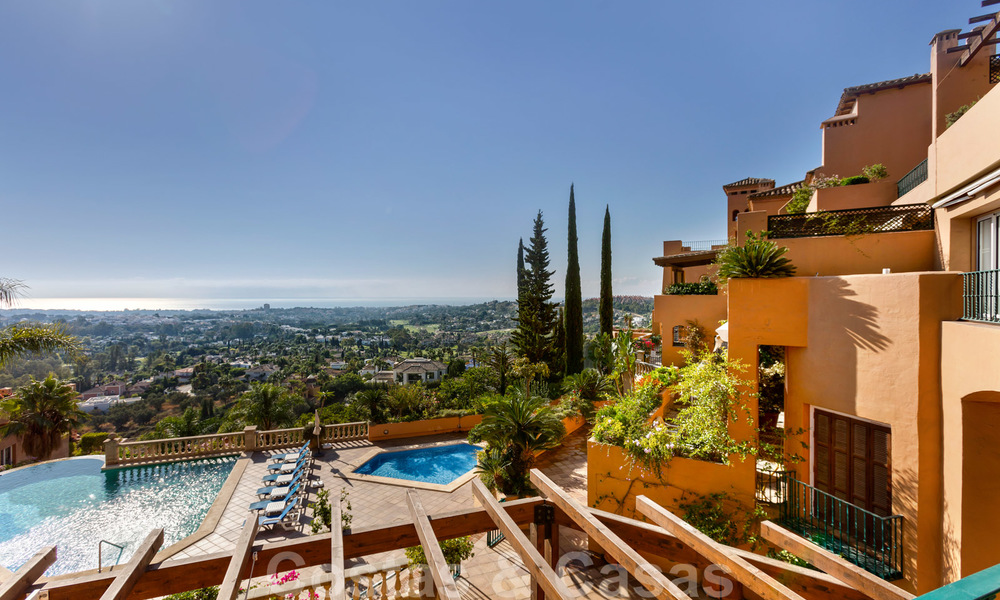 Impressive south facing penthouse with stunning sea views for sale in the Golf Valley of Nueva Andalucia, Marbella 22095