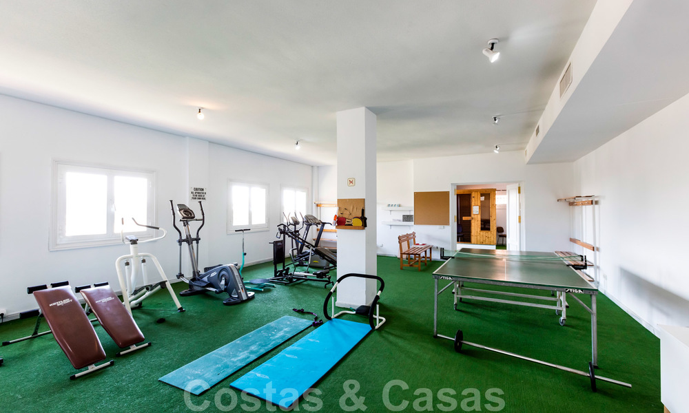 Impressive south facing penthouse with stunning sea views for sale in the Golf Valley of Nueva Andalucia, Marbella 22112