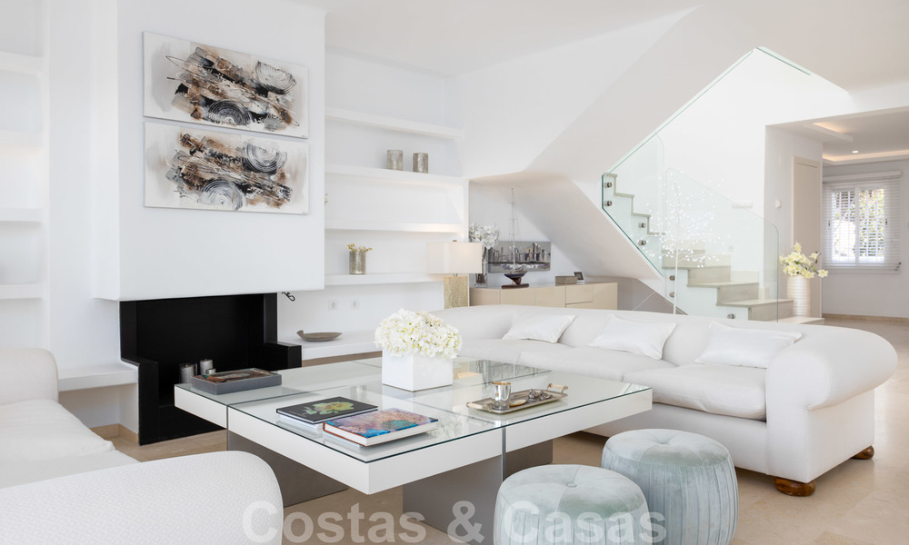 Superb luxury penthouse apartment for sale, with fantastic sea views and within walking distance to the beach, East Marbella 22230