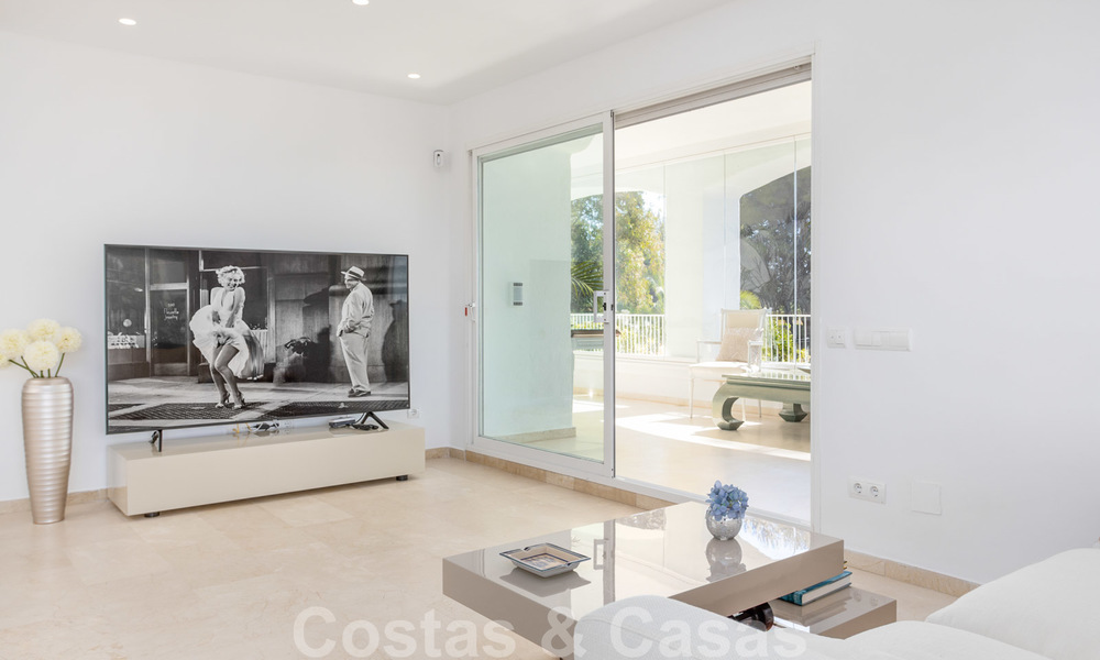 Superb luxury penthouse apartment for sale, with fantastic sea views and within walking distance to the beach, East Marbella 22231