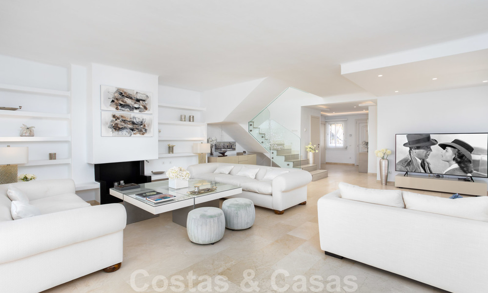 Superb luxury penthouse apartment for sale, with fantastic sea views and within walking distance to the beach, East Marbella 22232