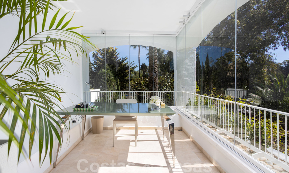 Superb luxury penthouse apartment for sale, with fantastic sea views and within walking distance to the beach, East Marbella 22244