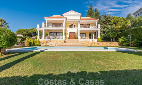 Beautiful modem-Mediterranean luxury villa for sale, close to the beach and amenities, East Marbella 22302