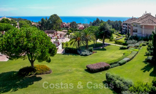 La Trinidad: Timeless luxury apartments for sale with sea views on the Golden Mile, between Puerto Banus and Marbella 22610