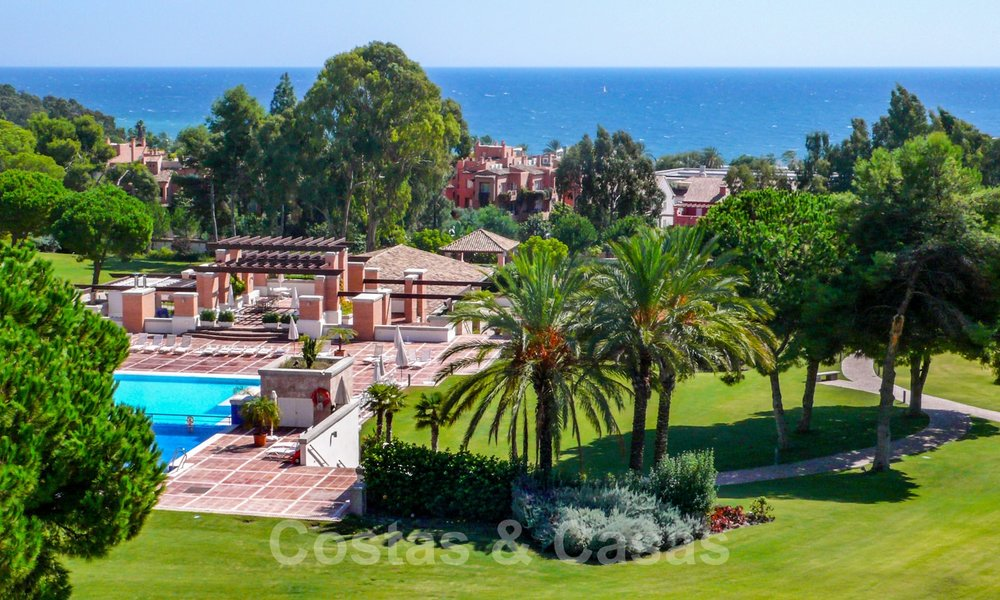 La Trinidad: Timeless luxury apartments for sale with sea views on the Golden Mile, between Puerto Banus and Marbella 22614